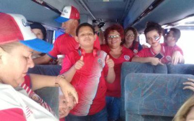 GRUPOS DE COSTA RICA APOYAN A SU SELECCIÓN DE FUTBOL